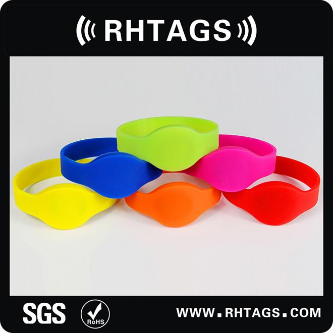 RFID硅胶手腕带